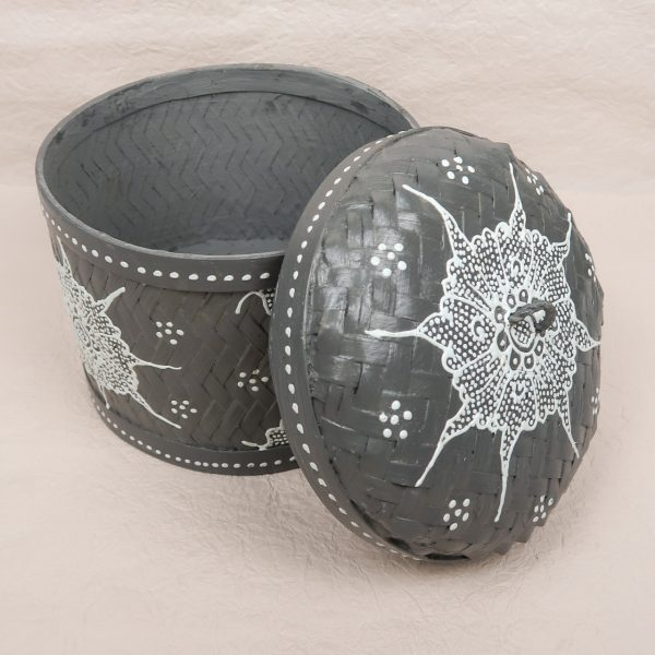 Bali Woven Round Box Grey Medium Lid Side