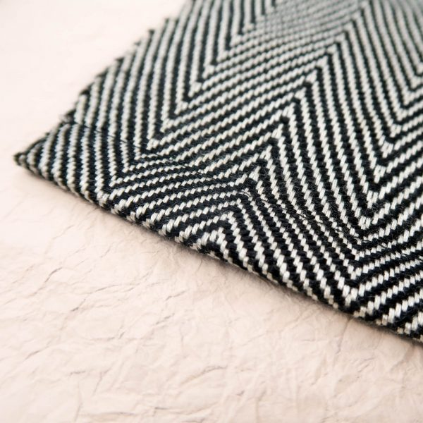 Fay Cotton Placemats Black and White Geometric Pattern Detail